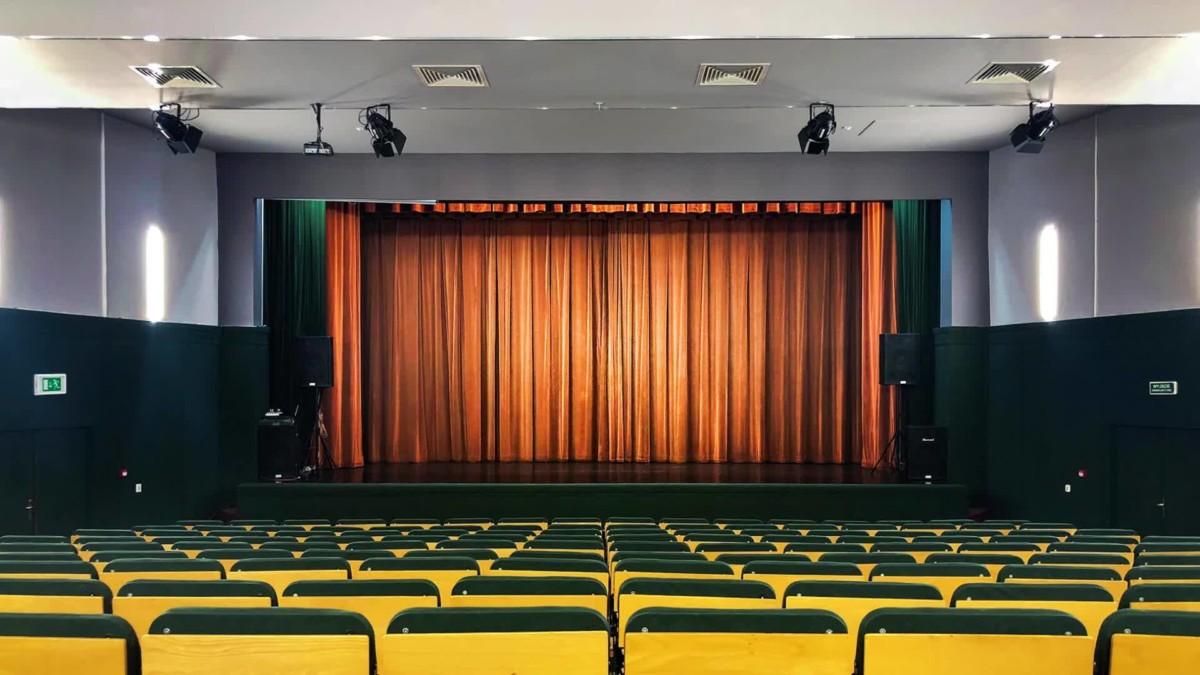 Mazowiecki Teatr Muzyczny imienia Jana Kiepury ze SCENĄ KOCJANA